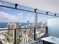 1 Bedroom Ocean Spa Apartment - Mantra Circle on Cavill Surfers Paradise